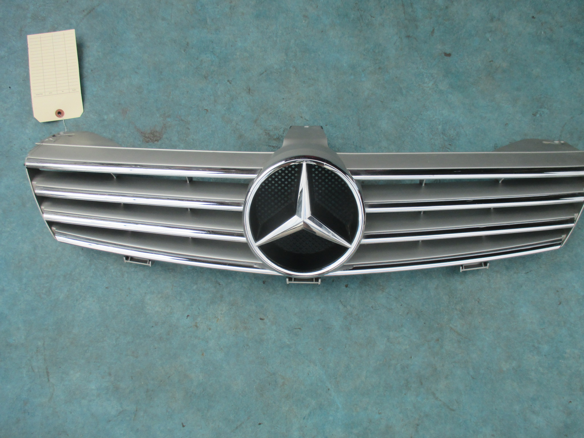 Origianal mercedes benz cls550 cls55 cls front grille oem for Mercedes benz oem parts wholesale