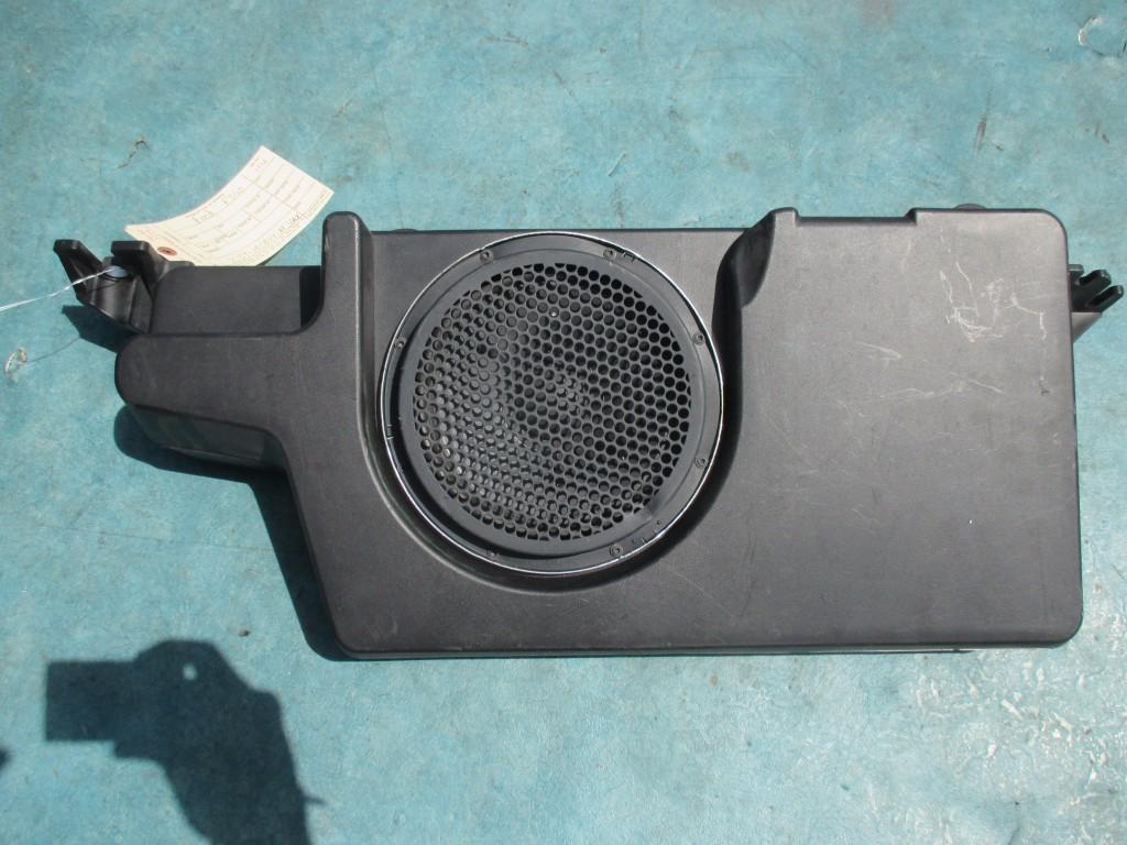 Origianal Ford F350 Super Duty Subwoofer Speaker Oem Parts
