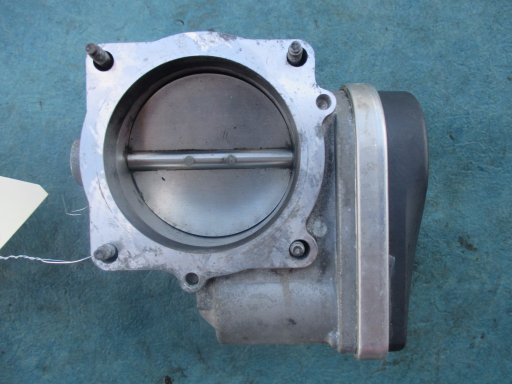 Img on 2003 Dodge Ram 1500 Throttle Body