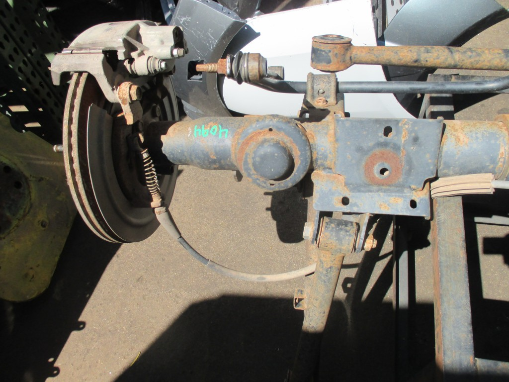 Dodge Ram 1500 4x4 loaded rear axle differential beam damaged #4094