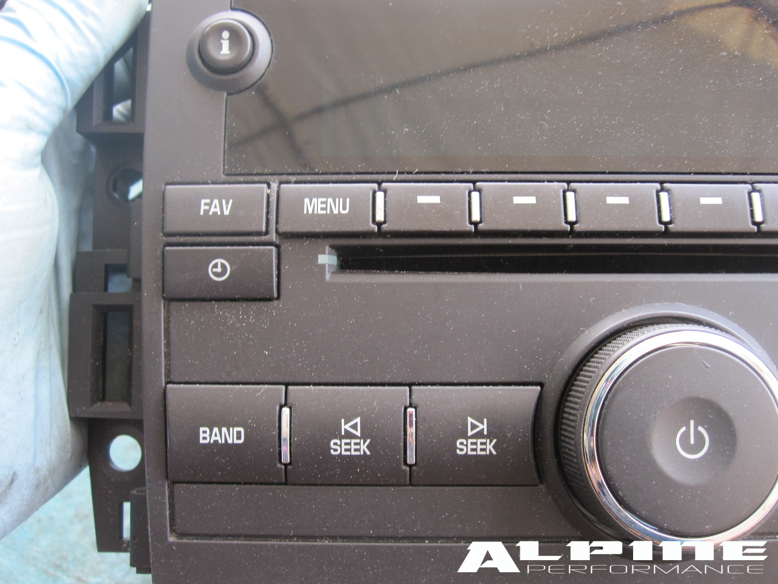 2011 Chevy Tahoe For Sale >> Origianal Chevy Tahoe Suburban Avalanche GMC Sierra YUKON OEM Radio MP3 AUX CD Player - OEM parts